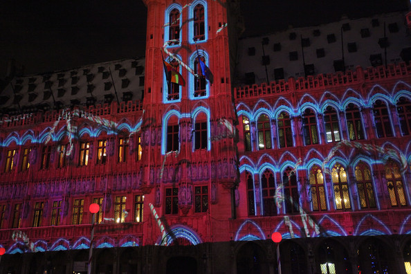 Christmas+Lights+Illuminate+La+Grand+Place+9VN6b8cXPBkl.jpg