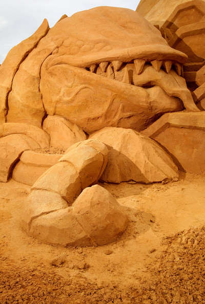 International+Sand+Sculpting+Artists+Open+MXtiyA01GfRl.jpg