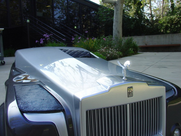 rolls-royce_apparition_concept-01-944x710_.jpg