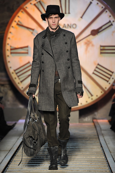 John+Varvatos+Milan+Fashion+Week+Menswear+J5mOZ82GqM_l.jpg