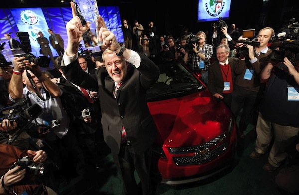 detroit_auto_show_2011_chevrolet_volt_international_auto_show_car_of_the_year.jpg