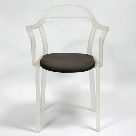 dzn_Sealed-Chair-by-Francois-Dumas-2.jpg