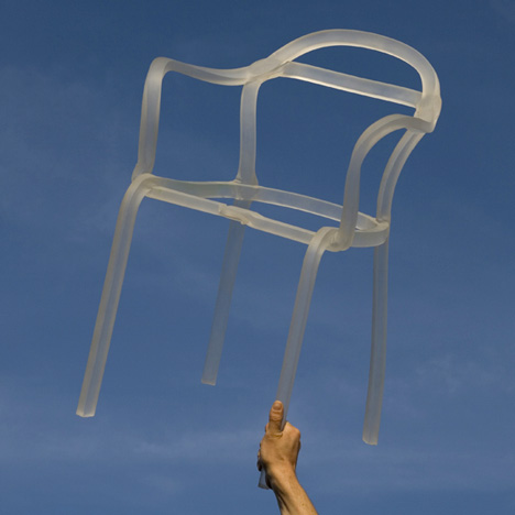 dzn_Sealed-Chair-by-Francois-Dumas-8.jpg