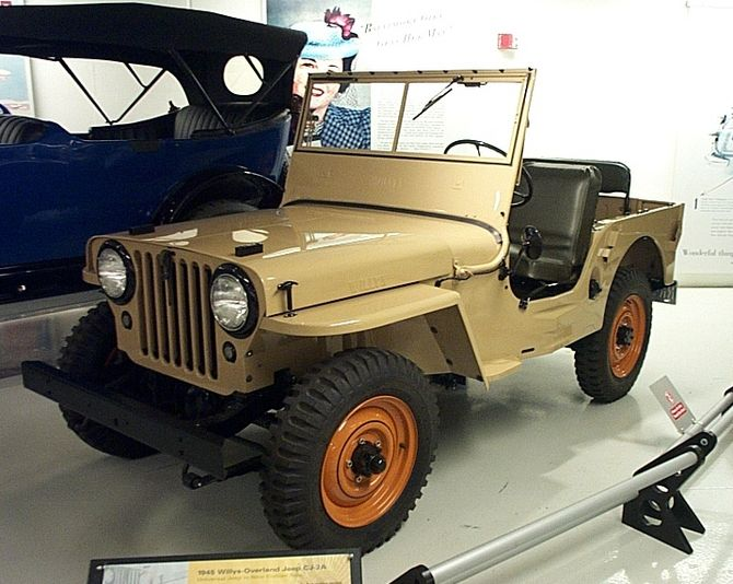 Jeep Willys CJ-2A_1.jpg