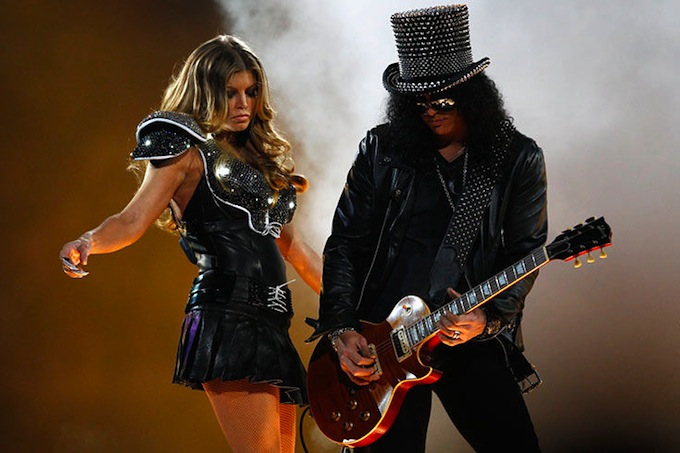super_bowl_XLV_fergie_slash.jpg