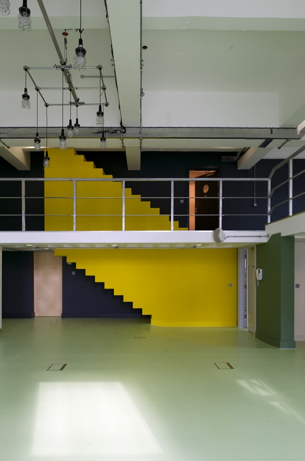 WiedenKennedy-offices-by-Featherstone-Young-1-600x906.jpg