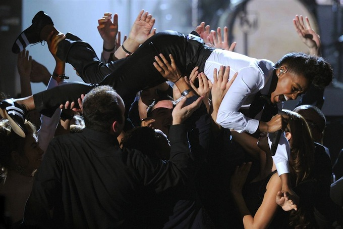 Grammy_Awards_2011_Janelle_Monae_2.jpg