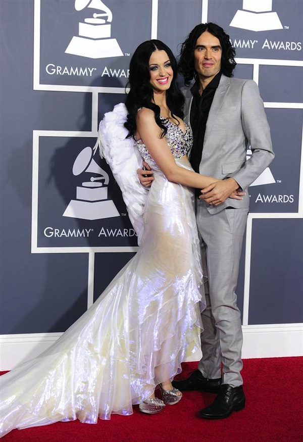 Grammy_Awards_2011_Katy_Perry_Russell_Brand.jpg