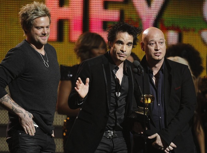 Grammy_Awards_2011_Train.jpg