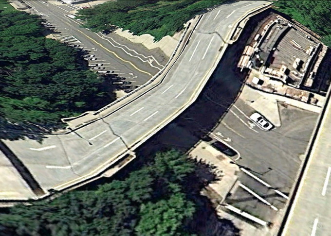 google-earth-bridges_60_bronx3-944x687_.jpg