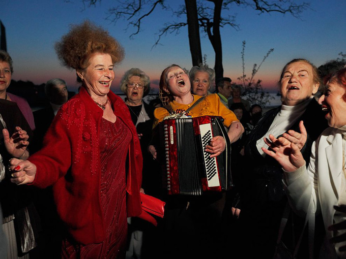 singing-sevastopol_33033_990x742.jpg