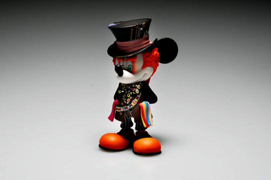 Medicom-Toy-Mickey-Mouse-as-Mad-Hatter-01.jpg