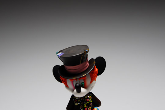 Medicom-Toy-Mickey-Mouse-as-Mad-Hatter-02.jpg