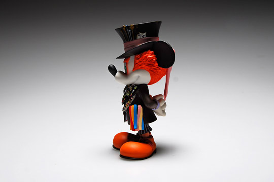 Medicom-Toy-Mickey-Mouse-as-Mad-Hatter-05.jpg