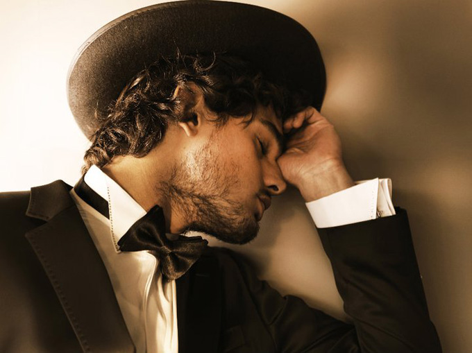 Marlon-Teixeira-for-LOfficiel-Hommes-Greece-DesignSceneNet-09.jpg