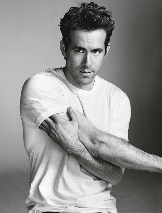 Ryan-Reynolds-by-Matthias-Vriens-McGrath-for-Details-DesignSceneNet-07.jpg