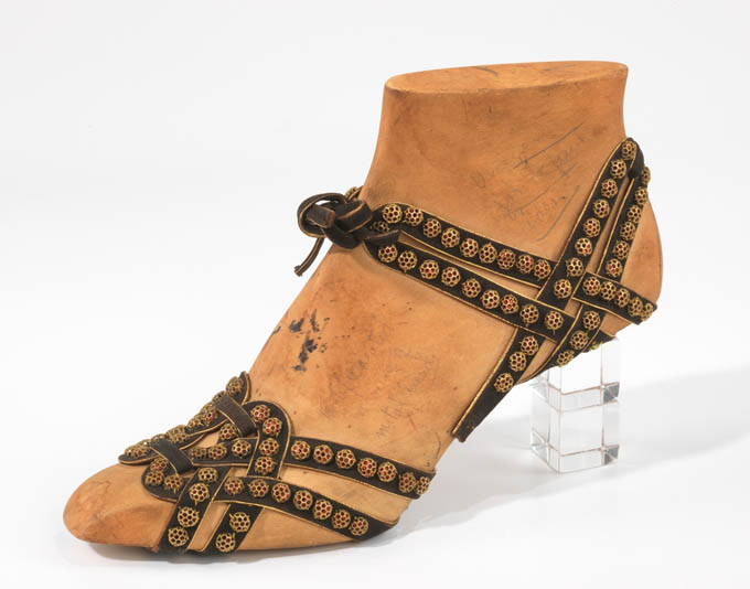 crazyvintageshoes16.jpg