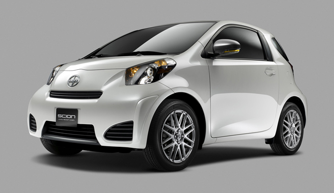 02-2011-scion-iq.jpg