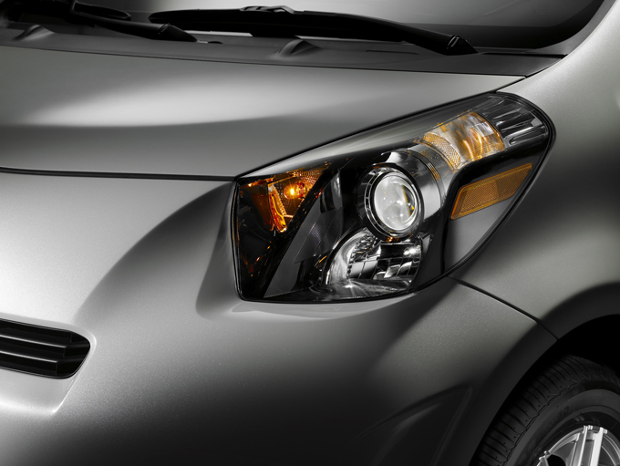 08-2011-scion-iq.jpg