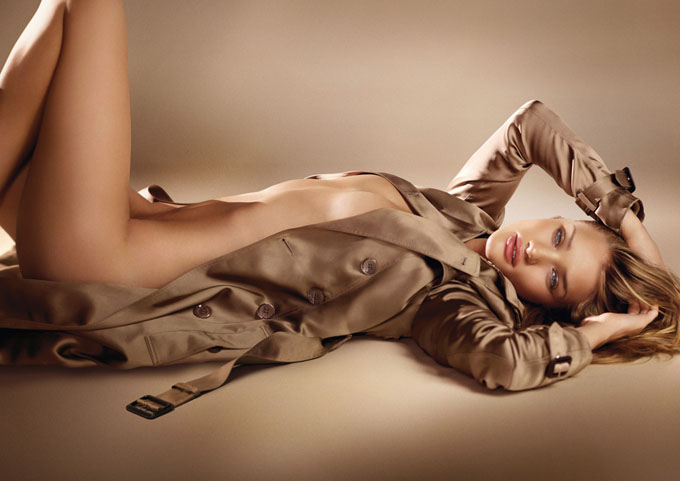 Rosie-Huntington-Whiteley-for-Burberry-Body-Fragrance-DesignSceneNet-03.jpg