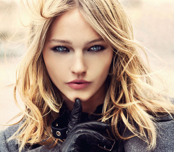 Sasha-Pivovarova-for-Reserved-Fall-Winter-2011_12-DesignSceneNet-32.jpg