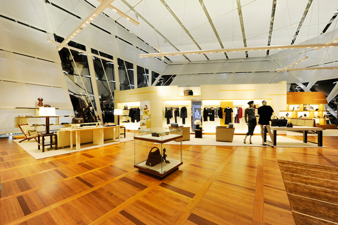 Louis-Vuitton-Island-Maison-in-Singapore-DESIGNSCENE-net-18.jpg