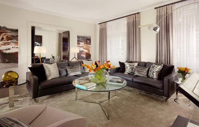 Jaguar_Suite_-_Living_Room_-_1.jpg