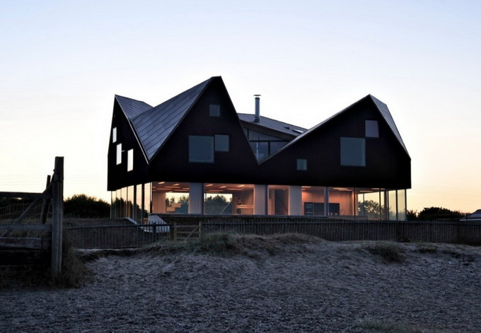 the-dune-house-by-jarmund-vigsnaes-arkitekter-09.jpg