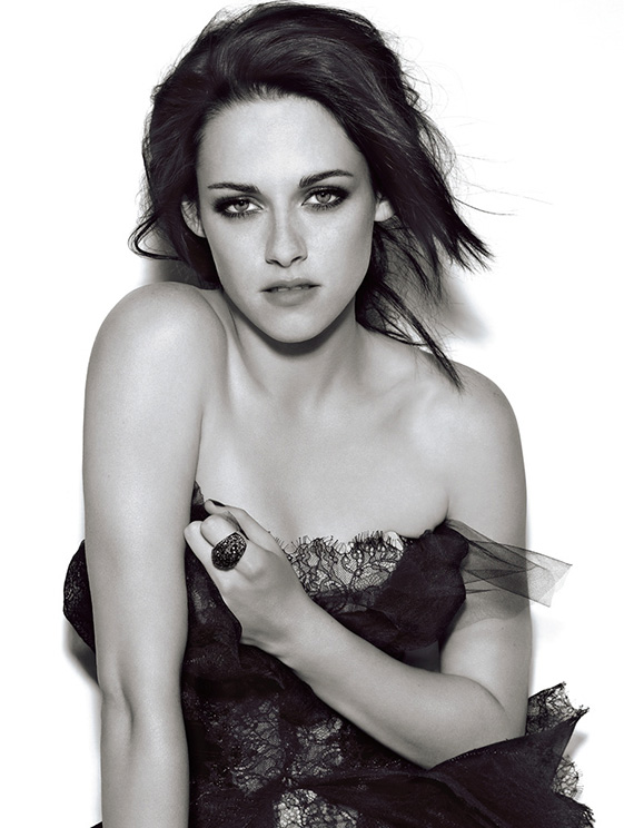Kristen-Stewart-for-Glamour-UK-December-2011-DesignSceneNet-05.jpg
