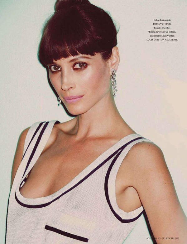 Christy-Turlington-LOfficiel-Paris-DESIGNSCENE-net-02.jpg