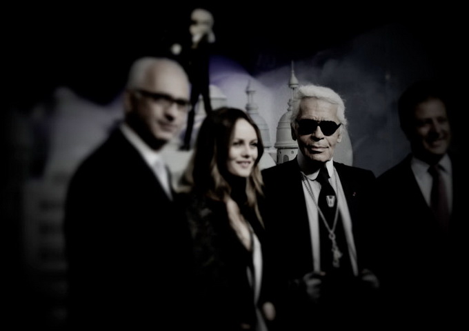 Karl-Lagerfeld-and-CHANEL-for-Printemps-xmas-windows-9-November-2011-Paris--photo-Costas-Voyatzis-for-yatzer-20.jpg