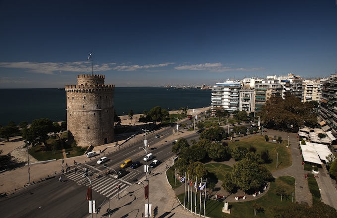 White Tower square, Thessaloniki, Greece.jpg