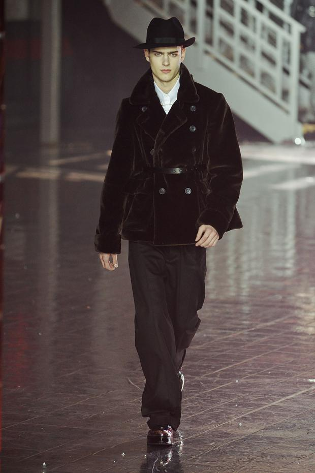 john-galliano-mens-null-autumn-fall-wter-2012-pfw13.jpg