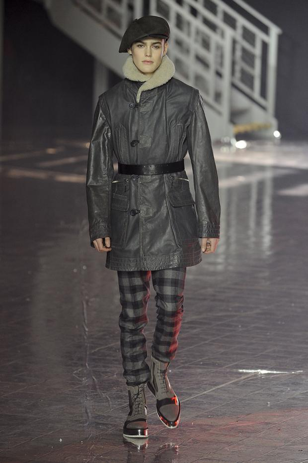 john-galliano-mens-null-autumn-fall-wter-2012-pfw23.jpg