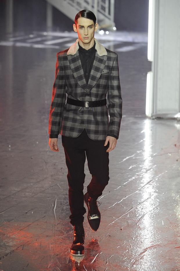 john-galliano-mens-null-autumn-fall-wter-2012-pfw25.jpg