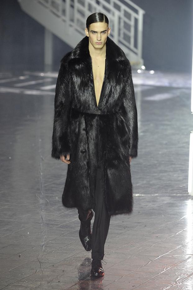 john-galliano-mens-null-autumn-fall-wter-2012-pfw79.jpg