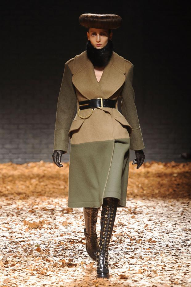 mcq-null-autumn-fall-winter-2012-lfw1.jpg