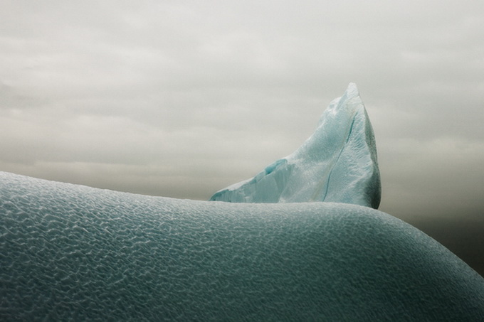 melt-portrait-of-an-iceberg-14_.jpg