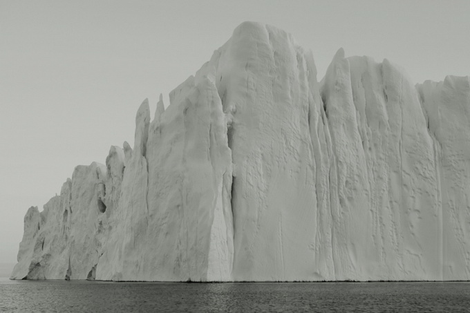 melt-portrait-of-an-iceberg-17_.jpg