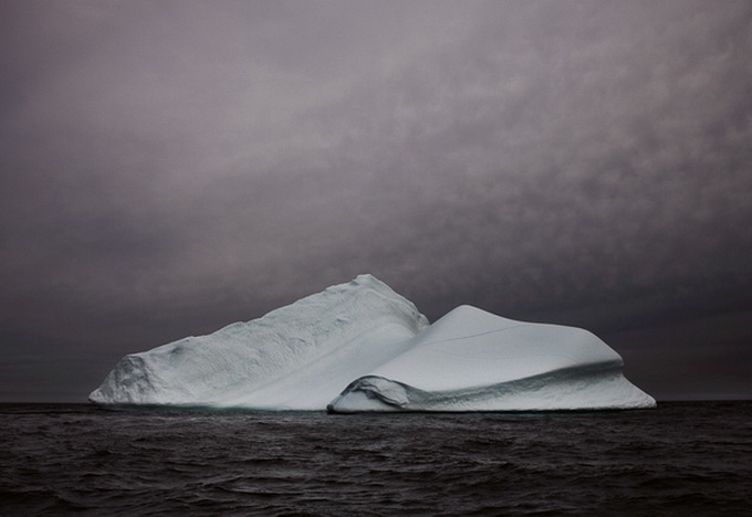 melt-portrait-of-an-iceberg-19_.jpg