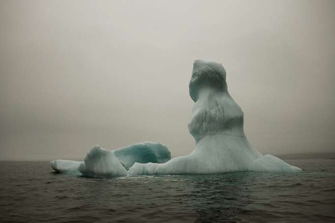 melt-portrait-of-an-iceberg-22_.jpg