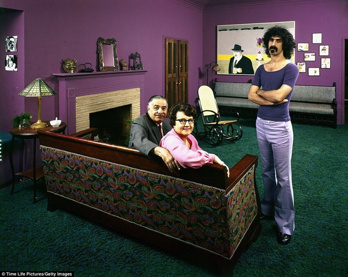 1970s-rock-stars-with-their-parents-5.jpg