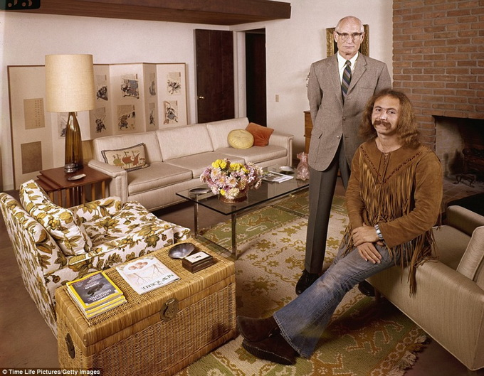 1970s-rock-stars-with-their-parents-8.jpg