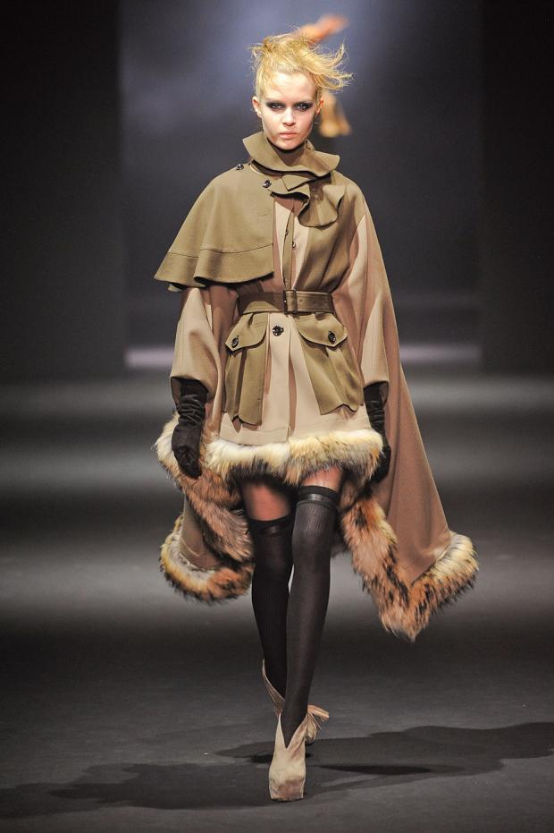john-galliano-autumn-fall-winter-2012-pfw14.jpg