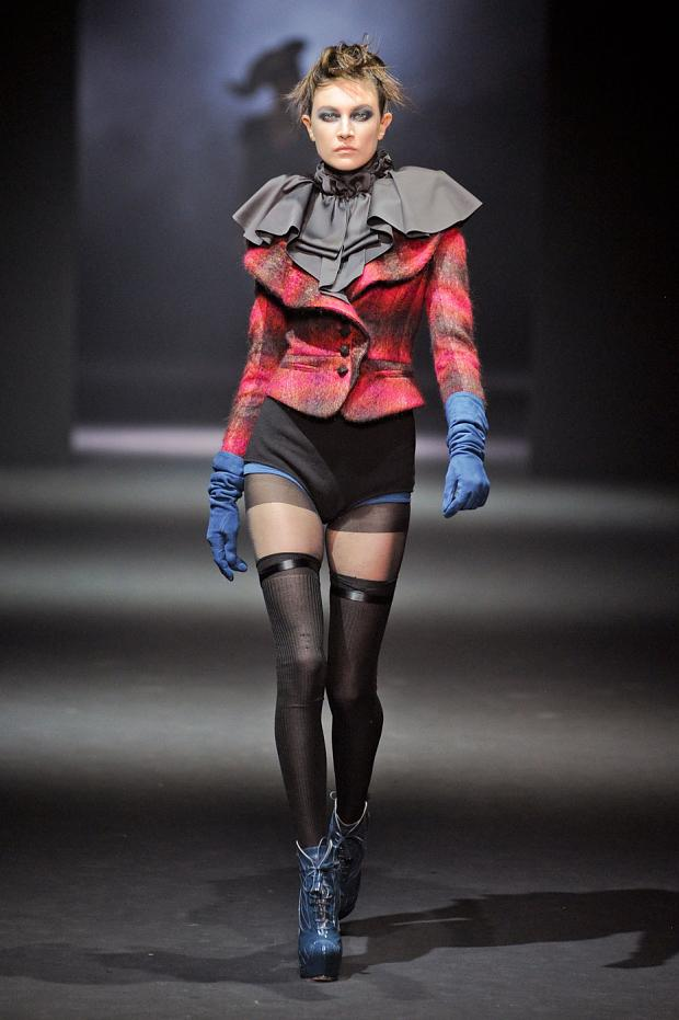 john-galliano-autumn-fall-winter-2012-pfw28.jpg