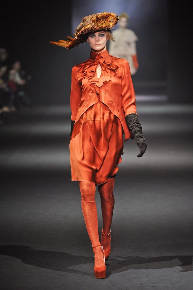 john-galliano-autumn-fall-winter-2012-pfw32.jpg