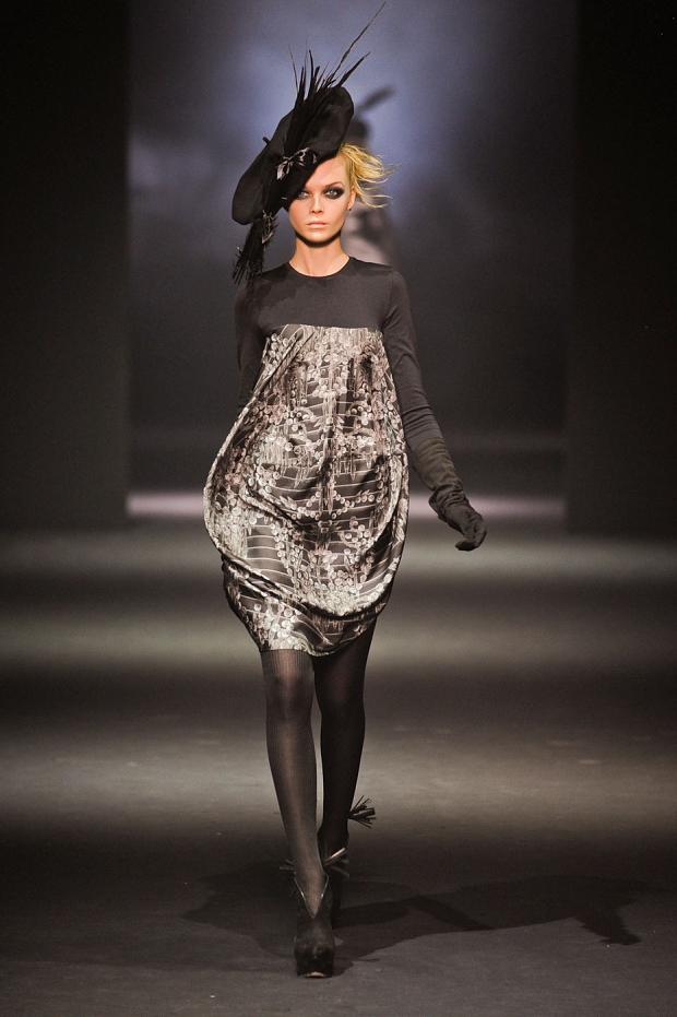 john-galliano-autumn-fall-winter-2012-pfw44.jpg
