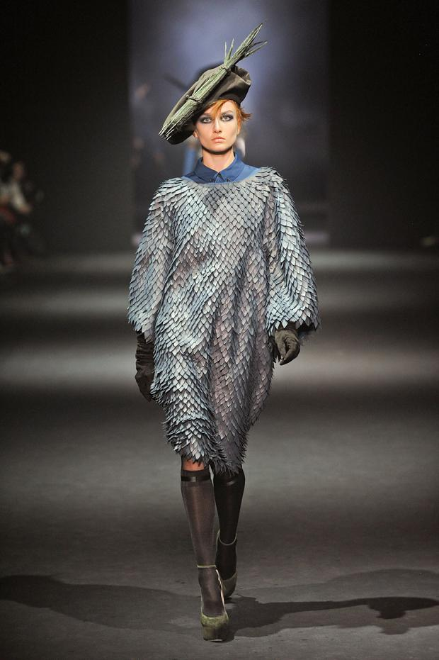 john-galliano-autumn-fall-winter-2012-pfw54.jpg