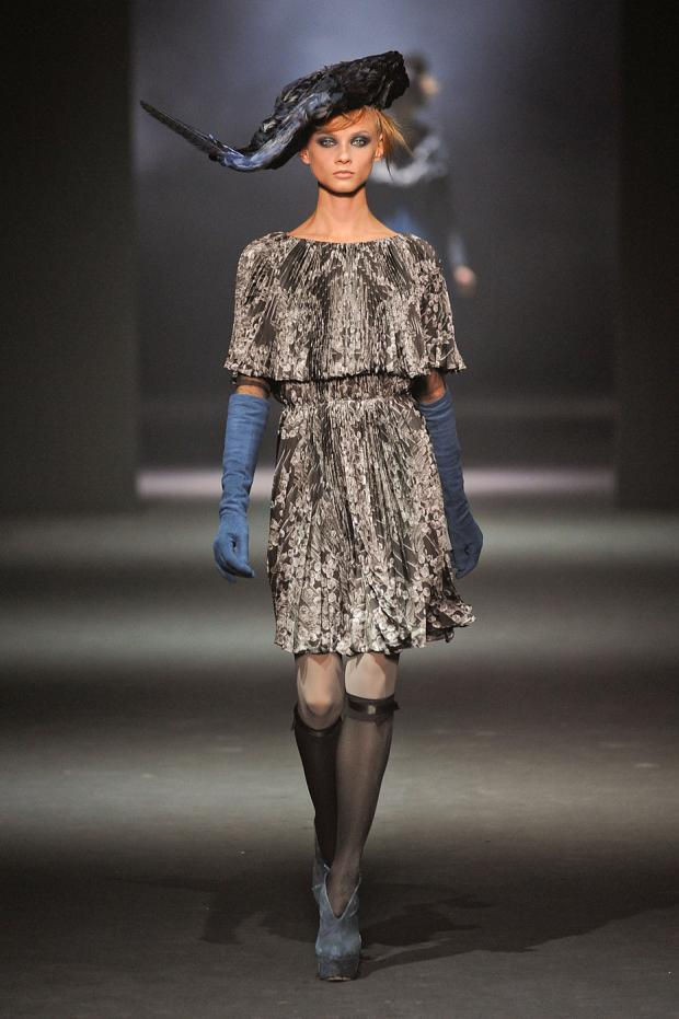 john-galliano-autumn-fall-winter-2012-pfw56.jpg