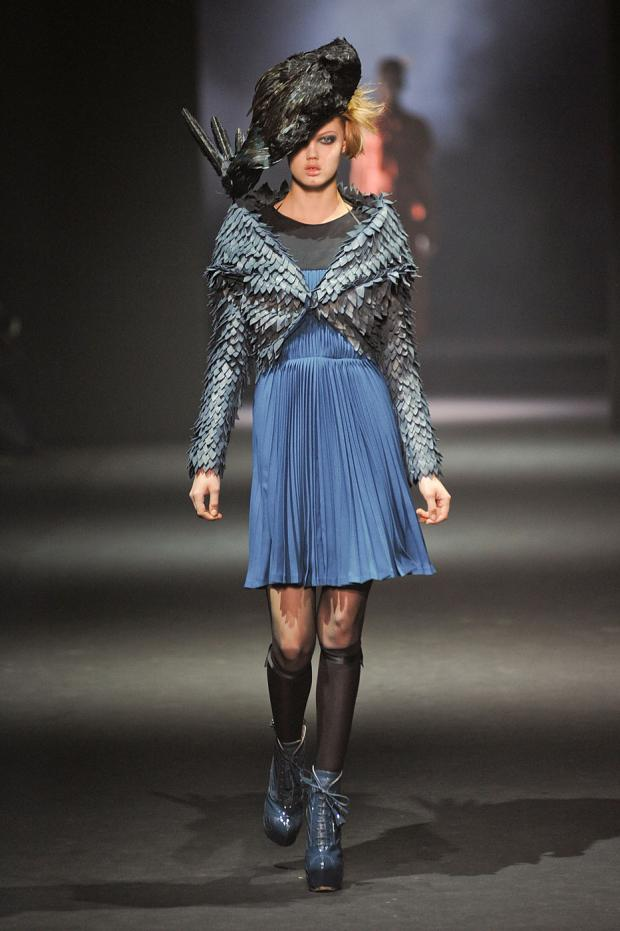 john-galliano-autumn-fall-winter-2012-pfw58.jpg